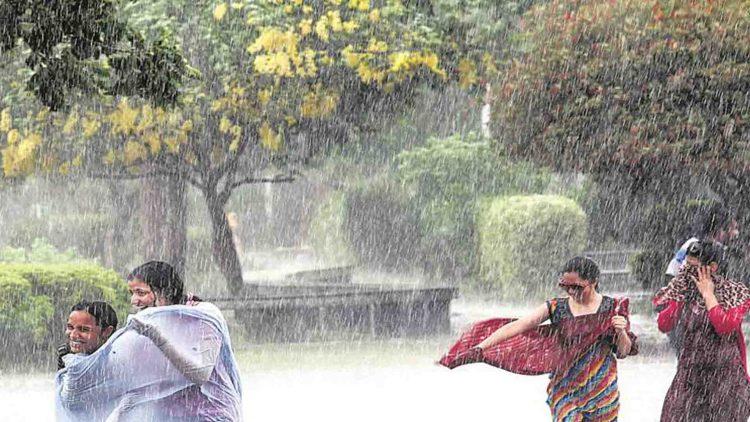 পূজোর আগে ফের বৃষ্টির সম্ভাবনা কলকাতা সহ দক্ষিণবঙ্গে