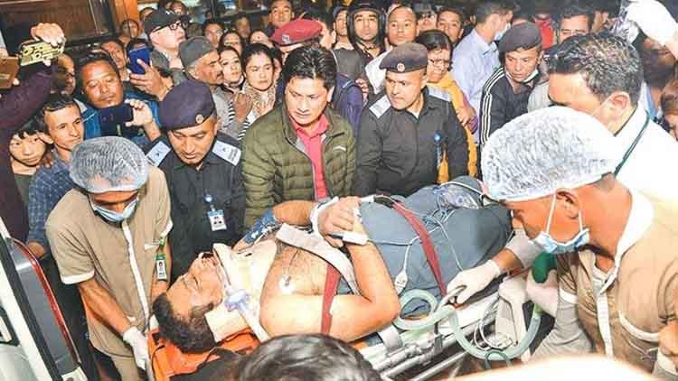 নেপালে আহতদের চিকিৎসায় সন্তোষ বাংলাদেশি চিকিৎসক দলের