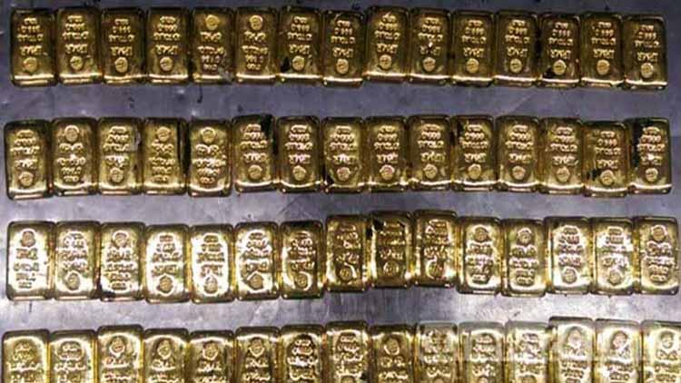 বাংলাদেশে ৬০টি সোনার বার সহ বিমানের গাড়িচালক আটক