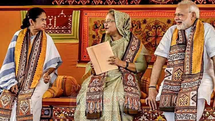 বাংলাদেশের প্রধানমন্ত্রী শেখ হাসিনা রোহিঙ্গা ইস্যুতে 'বড় দাদা' ভারতের সাহায্য চাইলেন