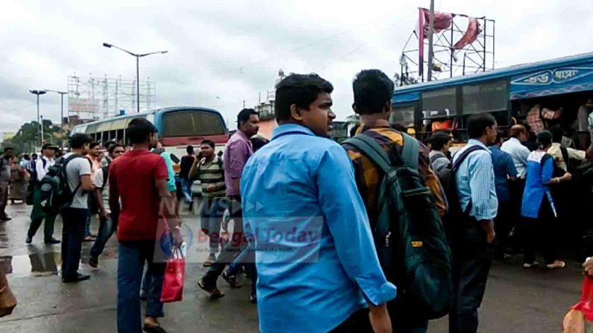 সংকটজনক অবস্থার মুখে আজ কলকাতার ট্রাফিক